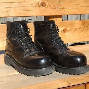 Vintage Vibram black steel toe Combat boots